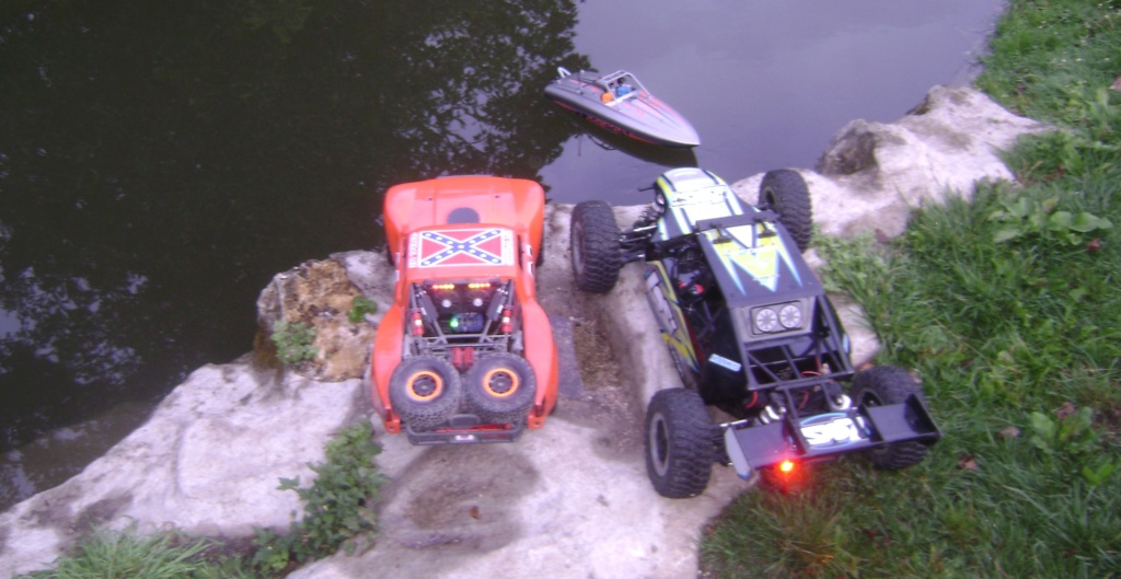 mes voitures 1/5, LOSI Desert buggy 1/5e XL-E RTR 4WD 8s, Adui R8 LMS - Page 4 Dsc09225