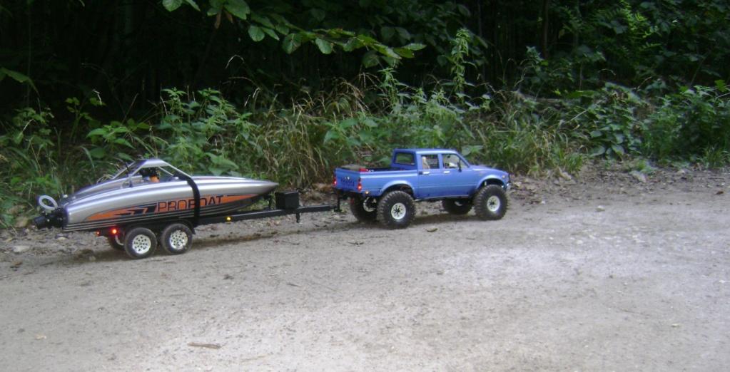 Les Toyota Hilux 2 & 4 portes RC4WD Trail Finder 2 RTR de Trankilou &Trankilette - Page 4 Dsc09342