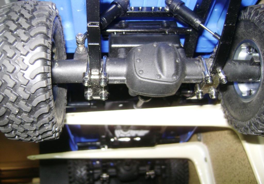 Les Toyota Hilux 2 & 4 portes RC4WD Trail Finder 2 RTR de Trankilou &Trankilette - Page 5 Dsc09463