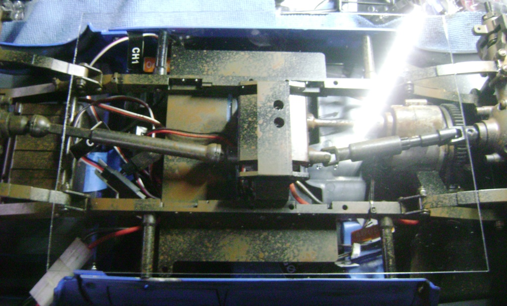 Les Toyota Hilux 2 & 4 portes RC4WD Trail Finder 2 RTR de Trankilou &Trankilette - Page 5 Dsc09497