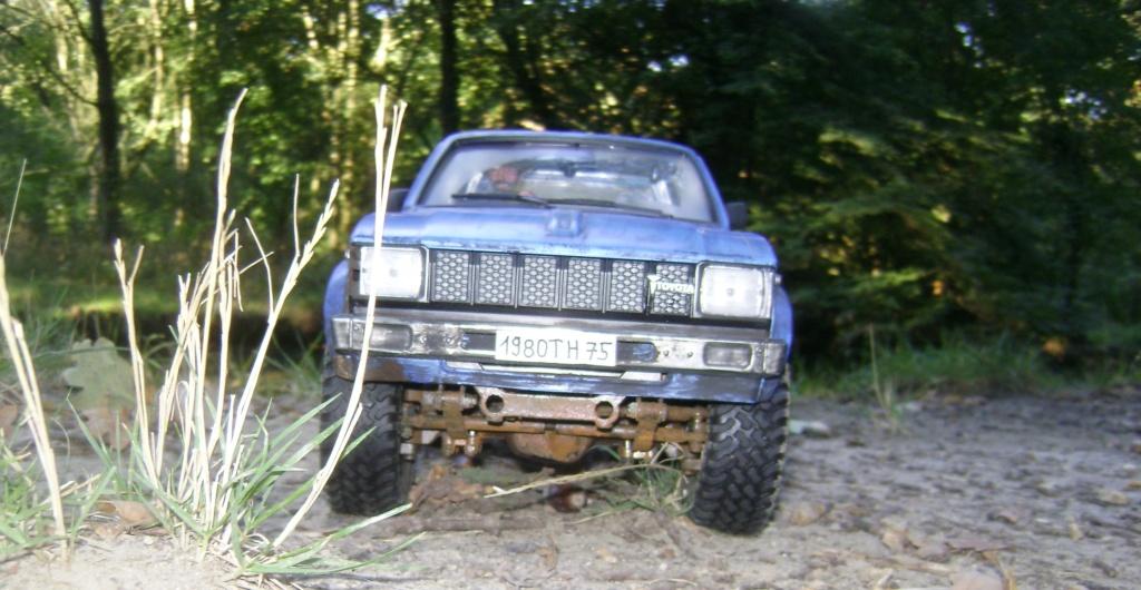 Les Toyota Hilux 2 & 4 portes RC4WD Trail Finder 2 RTR de Trankilou &Trankilette - Page 5 Dsc09524