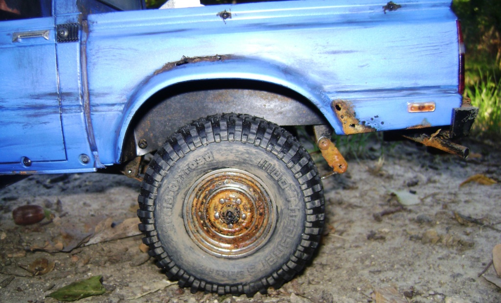 Les Toyota Hilux 2 & 4 portes RC4WD Trail Finder 2 RTR de Trankilou &Trankilette - Page 5 Dsc09526