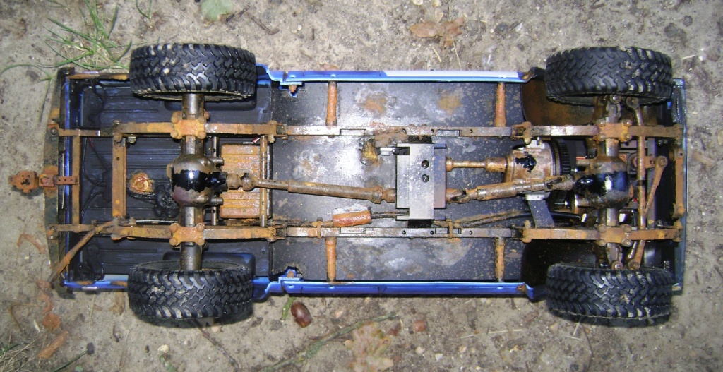 Les Toyota Hilux 2 & 4 portes RC4WD Trail Finder 2 RTR de Trankilou &Trankilette - Page 5 Dsc09535