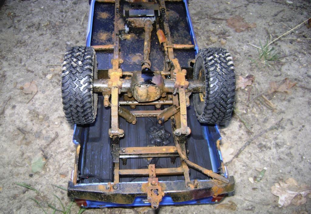Les Toyota Hilux 2 & 4 portes RC4WD Trail Finder 2 RTR de Trankilou &Trankilette - Page 5 Dsc09540