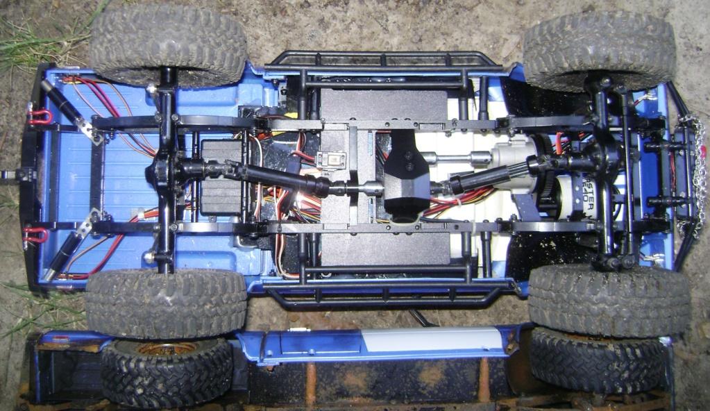 Les Toyota Hilux 2 & 4 portes RC4WD Trail Finder 2 RTR de Trankilou &Trankilette - Page 5 Dsc09549