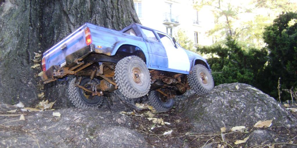 Les Toyota Hilux 2 & 4 portes RC4WD Trail Finder 2 RTR de Trankilou &Trankilette - Page 6 Dsc09642