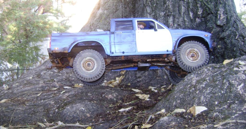 Les Toyota Hilux 2 & 4 portes RC4WD Trail Finder 2 RTR de Trankilou &Trankilette - Page 6 Dsc09643