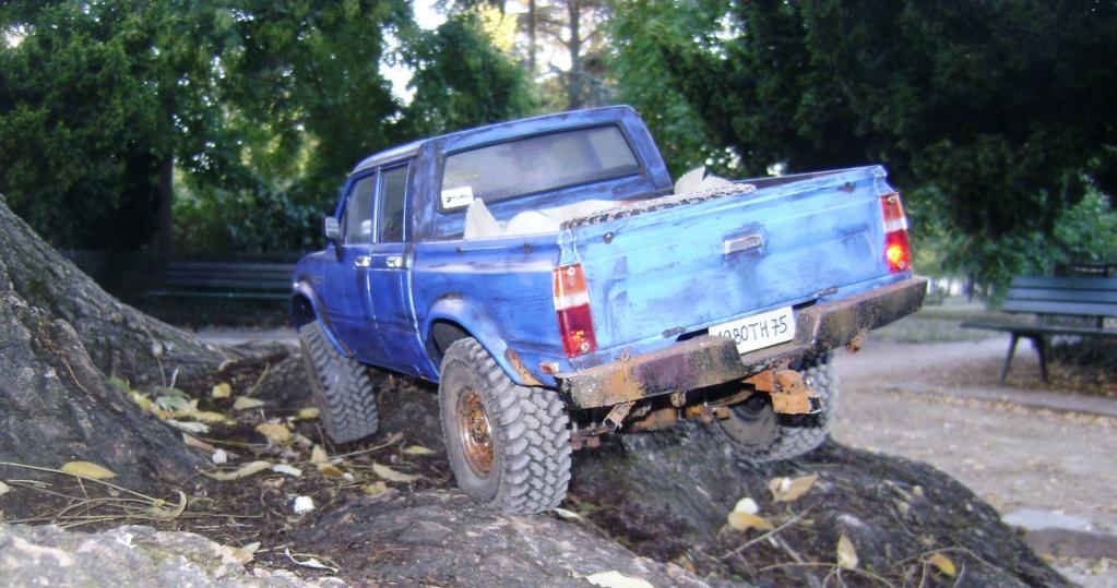 Les Toyota Hilux 2 & 4 portes RC4WD Trail Finder 2 RTR de Trankilou &Trankilette - Page 6 Dsc09646