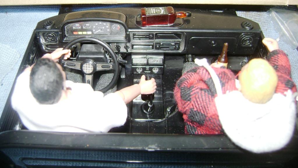 Les Toyota Hilux 2 & 4 portes RC4WD Trail Finder 2 RTR de Trankilou &Trankilette - Page 6 Dsc09663