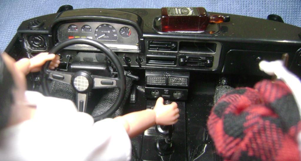 Les Toyota Hilux 2 & 4 portes RC4WD Trail Finder 2 RTR de Trankilou &Trankilette - Page 6 Dsc09664