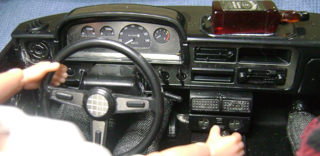 Les Toyota Hilux 2 & 4 portes RC4WD Trail Finder 2 RTR de Trankilou &Trankilette - Page 6 Dsc09665