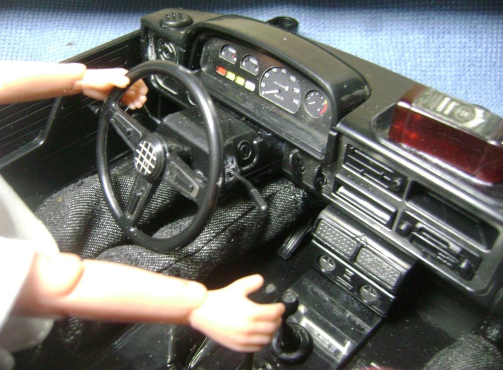 Les Toyota Hilux 2 & 4 portes RC4WD Trail Finder 2 RTR de Trankilou &Trankilette - Page 6 Dsc09666
