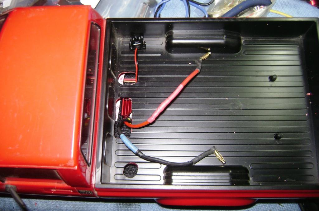 Les Toyota Hilux 2 & 4 portes RC4WD Trail Finder 2 RTR de Trankilou &Trankilette - Page 7 Dsc09695
