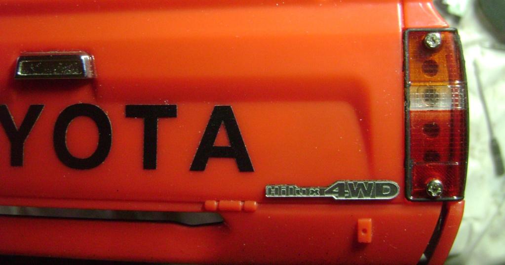 Les Toyota Hilux 2 & 4 portes RC4WD Trail Finder 2 RTR de Trankilou &Trankilette - Page 7 Dsc09708