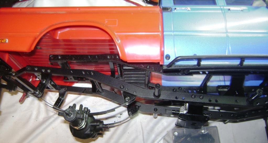 Les Toyota Hilux 2 & 4 portes RC4WD Trail Finder 2 RTR de Trankilou &Trankilette - Page 7 Dsc09887