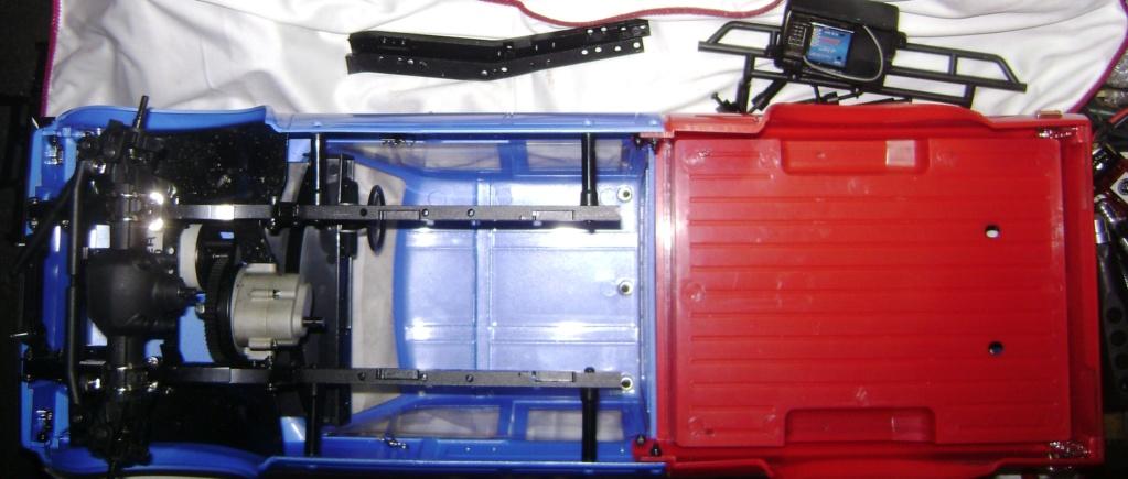 Les Toyota Hilux 2 & 4 portes RC4WD Trail Finder 2 RTR de Trankilou &Trankilette - Page 7 Dsc09889