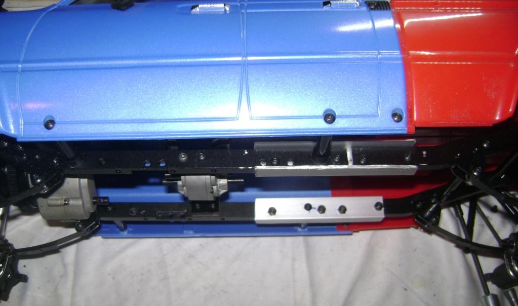 Les Toyota Hilux 2 & 4 portes RC4WD Trail Finder 2 RTR de Trankilou &Trankilette - Page 7 Dsc09899