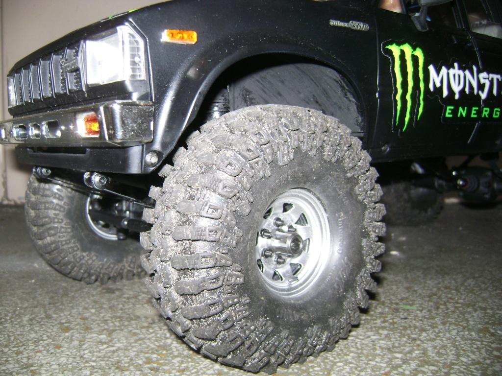 Les Toyota Hilux 2 & 4 portes RC4WD Trail Finder 2 RTR de Trankilou &Trankilette - Page 9 Dsc09942