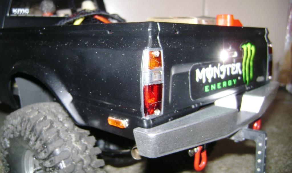 Les Toyota Hilux 2 & 4 portes RC4WD Trail Finder 2 RTR de Trankilou &Trankilette - Page 9 Dsc09944