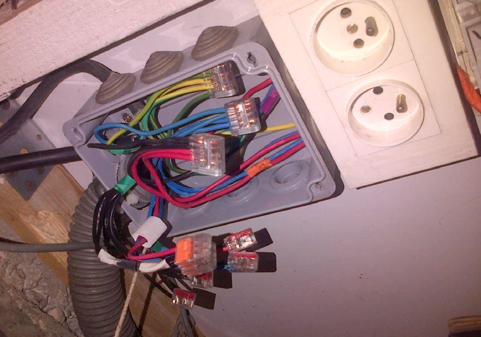 Déplacer un tableau électrique Exempl10