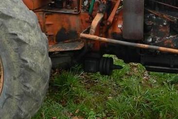 Tracteur Renault en Auvergne 48e5b010