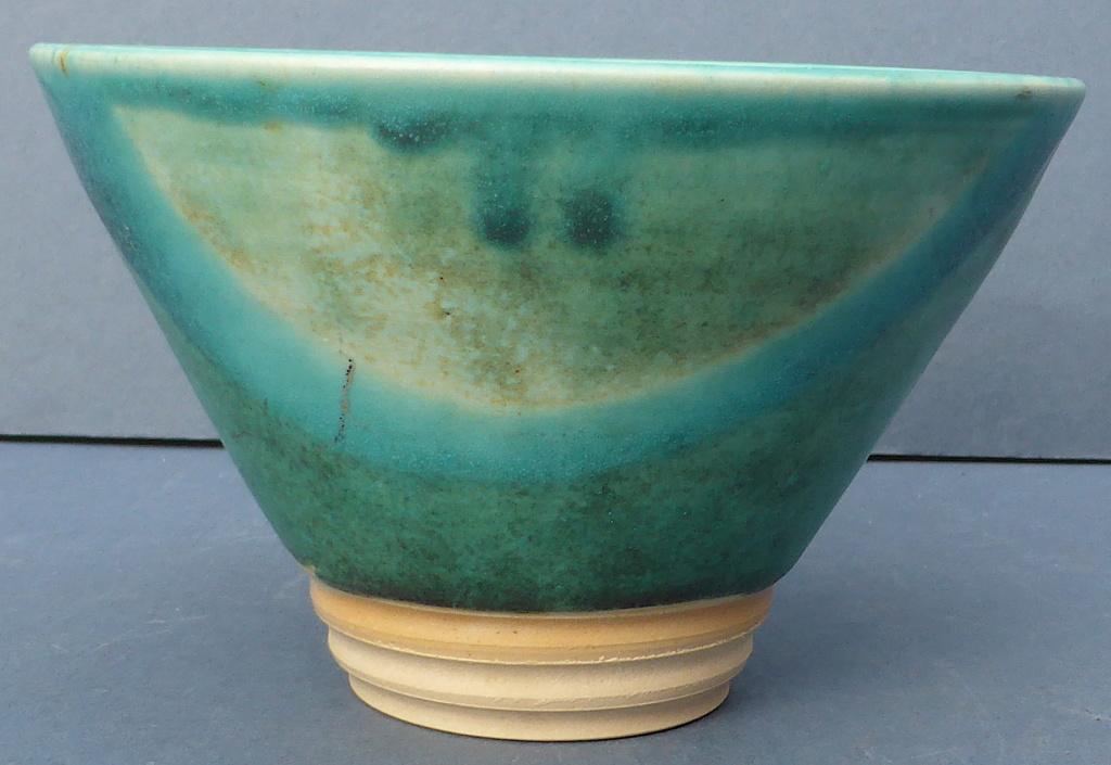 Turquoise Studio Bowl - Any Ideas? P1460710
