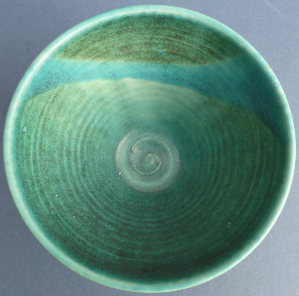 Turquoise Studio Bowl - Any Ideas? P1460713