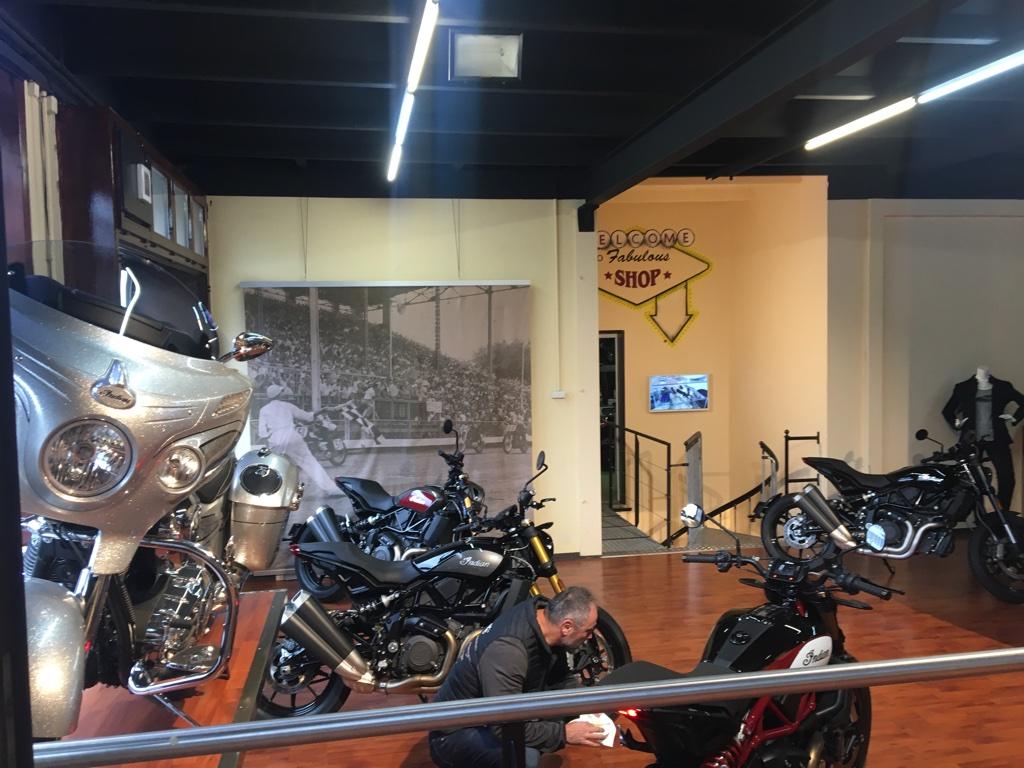 Biker Syndicate - Lausanne Unadj109