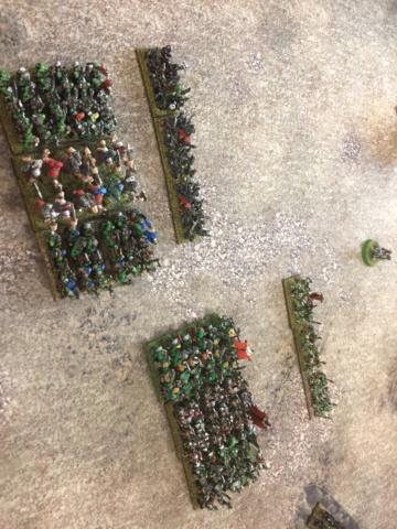Warmaster médiéval fantastique  6f78de10