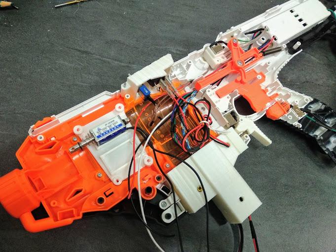 [WIP] Réalisation d'un pistolet arcade à partir d'un pistolet Nerf Img_2097