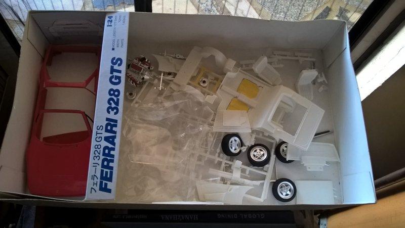 Vends Revell 69 Mustang (disponible) + ferrari Wp_20205