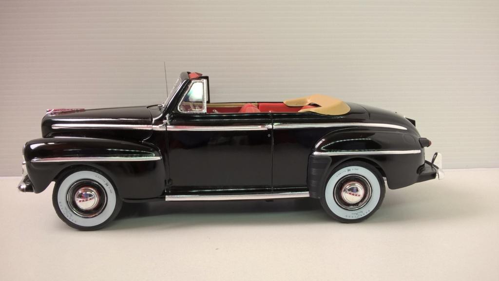 1946 Ford décapotable (Biff Retour vers le futur) Wp_20235