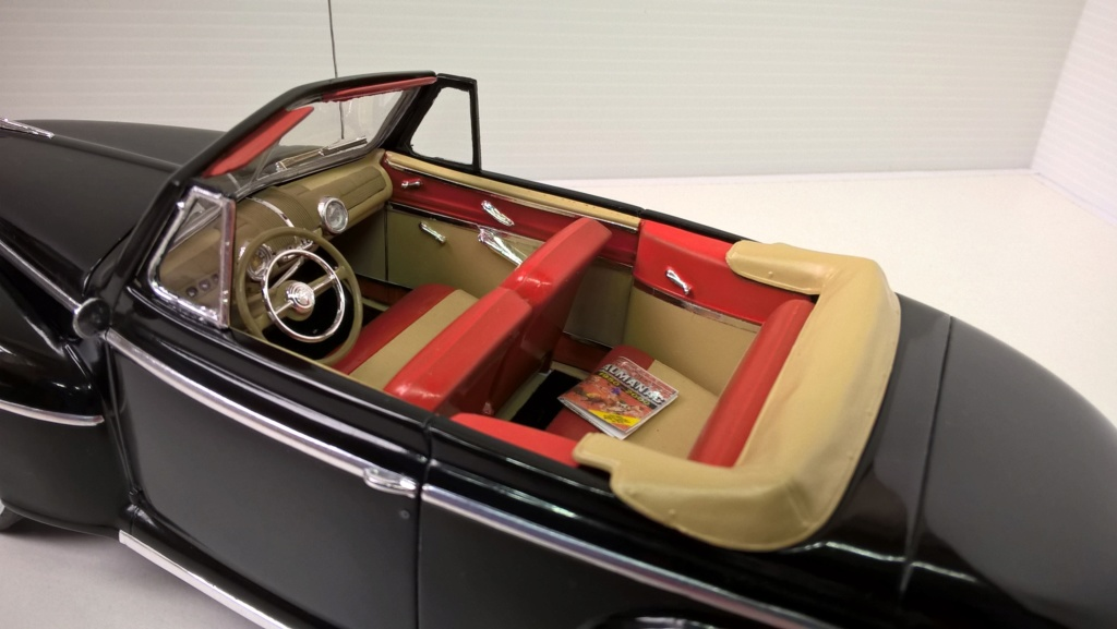 1946 Ford décapotable (Biff Retour vers le futur) Wp_20244