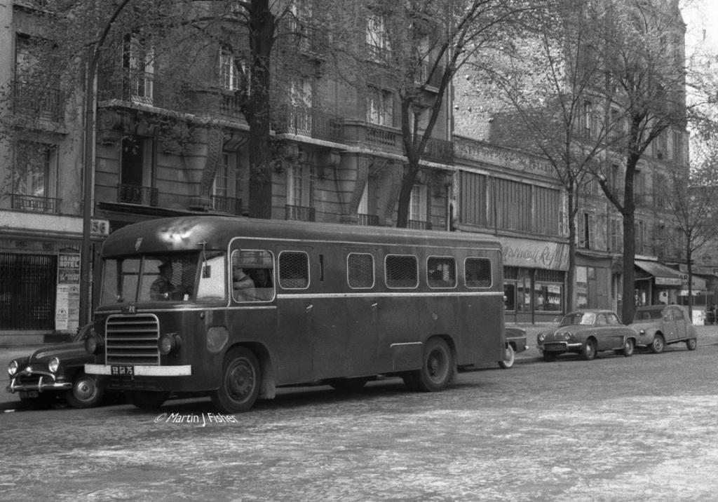 Photos d'autobus et autocars Citroën - Page 12 0000029