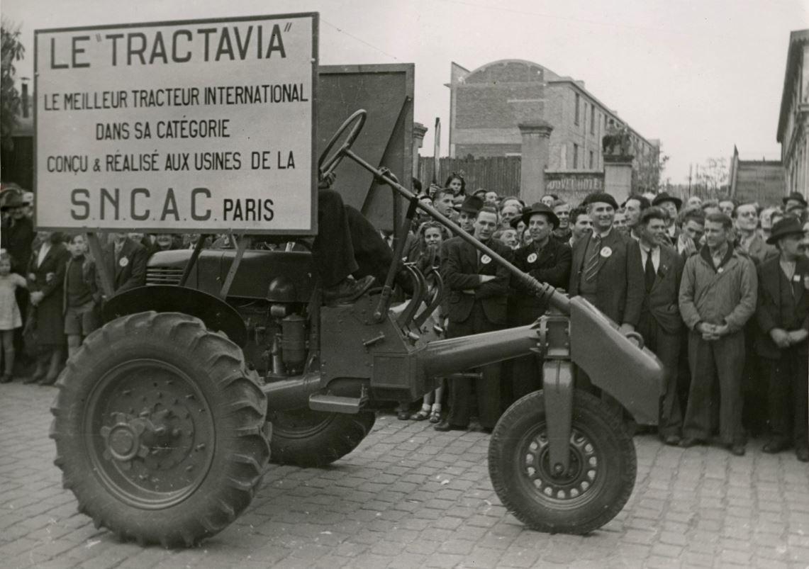 TRACTAVIA...un tracteur agricole à moteur CITROËN 000_1_12