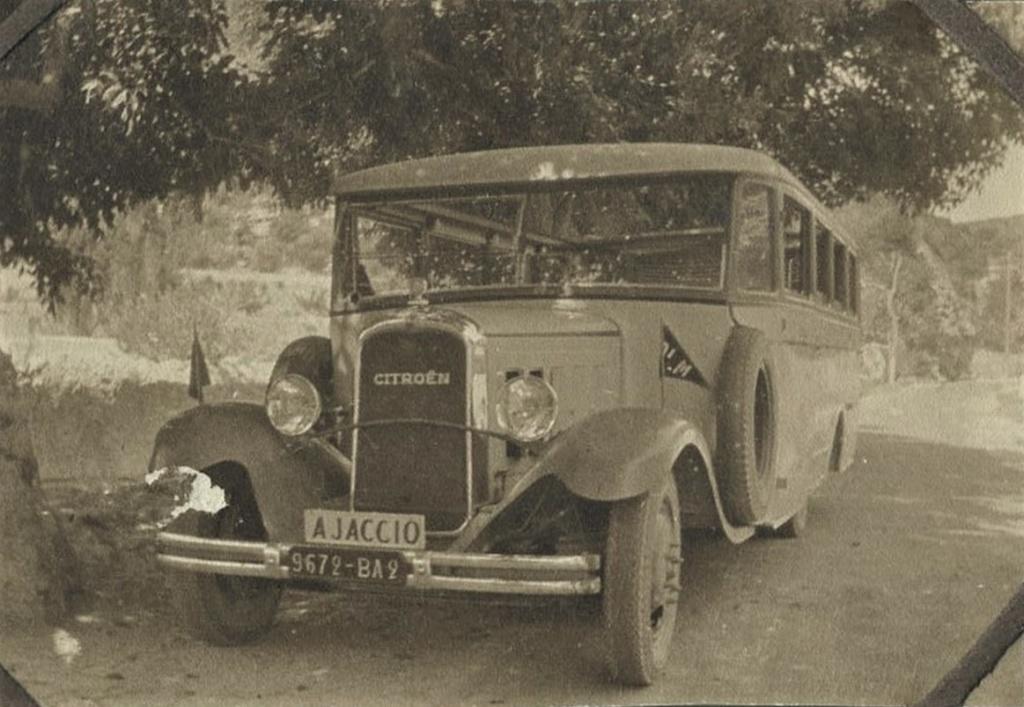 Photos d'autobus et autocars Citroën - Page 21 00_1910