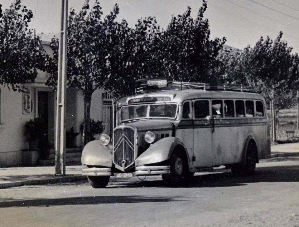 Photos d'autobus et autocars Citroën - Page 21 00_737