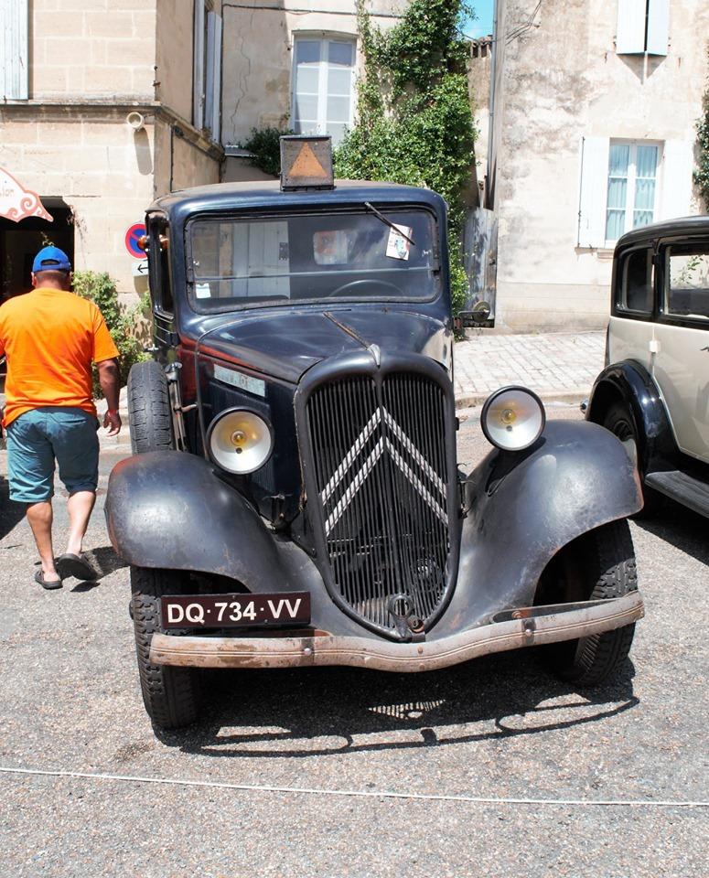 Citroën type 850 kg essence. 0330