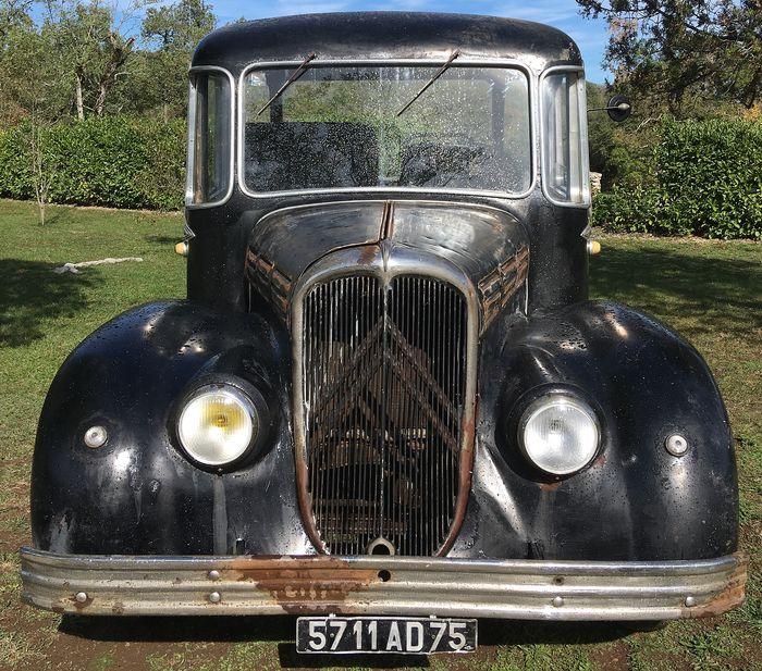 Citroën - RU23 Currus - 1949 corbillard à vendre aux enchères 0_1033