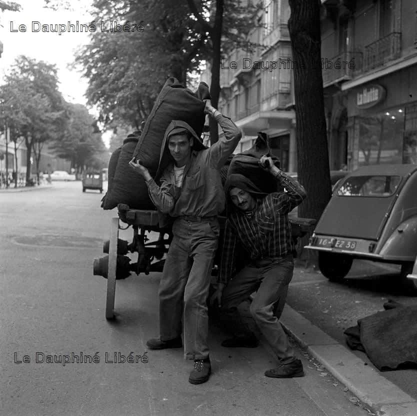 Les bicylindres (2cv, Dyane, AMI 6et 8, Méhari.....) - Page 31 0_2_1028