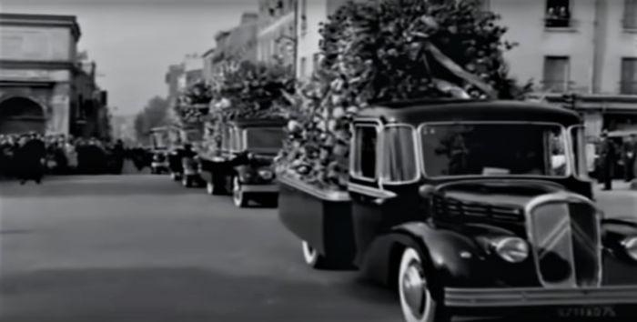 Citroën - RU23 Currus - 1949 corbillard à vendre aux enchères 0_4710