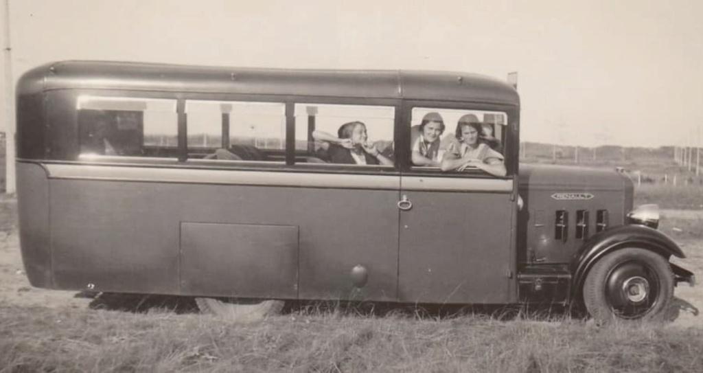 RENAULT Autocars 0_5122