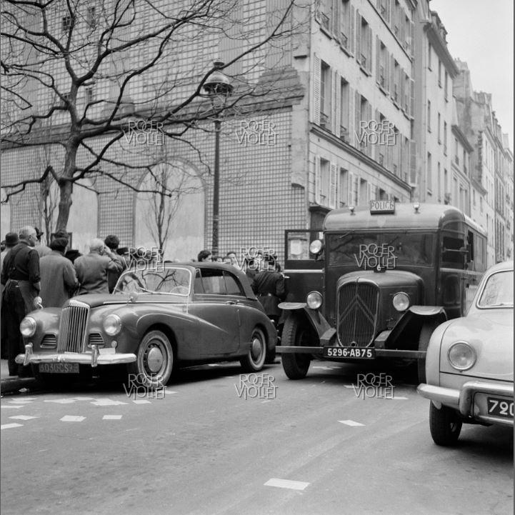 U23 dans la POLICE à PARIS 1301