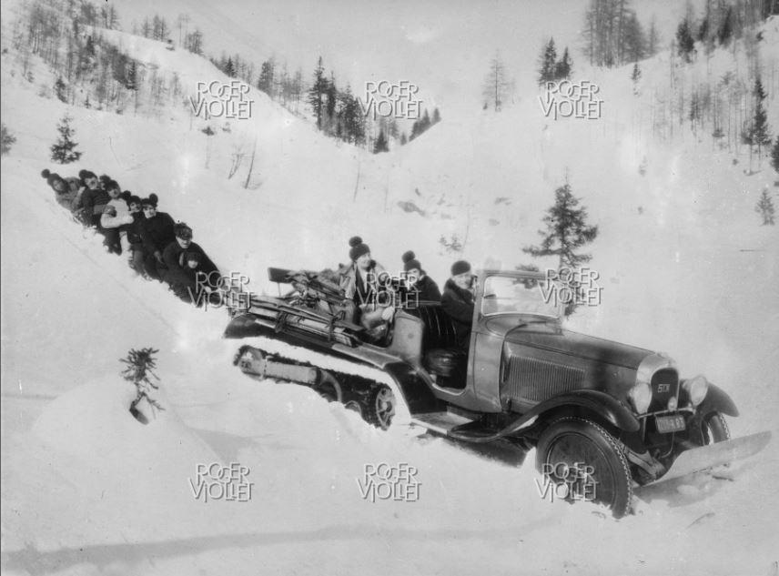 Concours de chars de montagne  au Mont Revard 1408