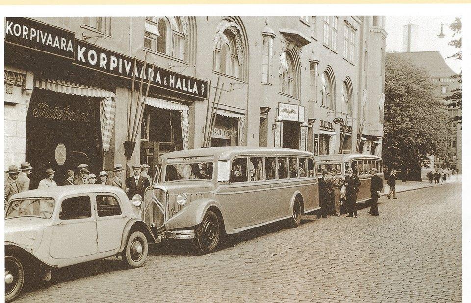 Photos d'autobus et autocars Citroën - Page 13 1999