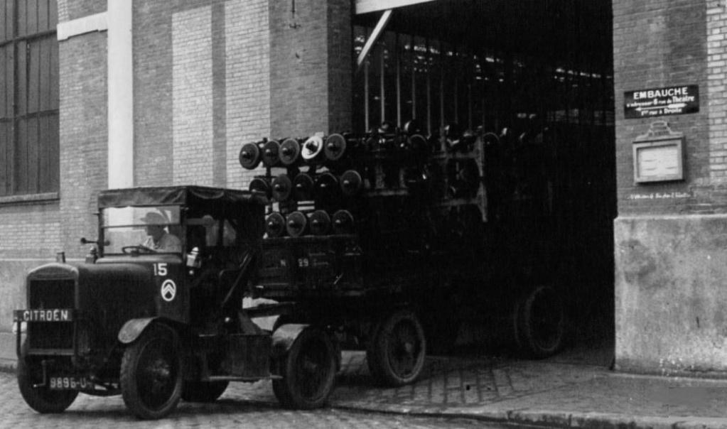Le Tracteur FAR (le Cheval Mécanique) - Page 2 1_284