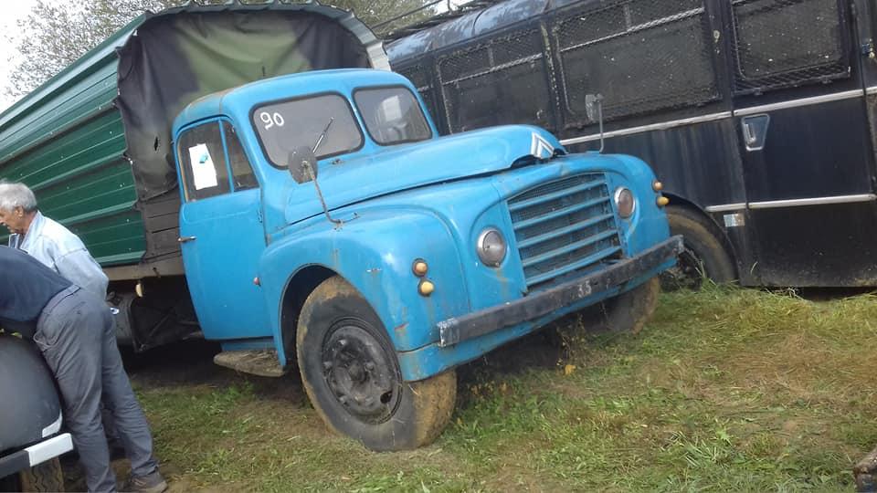 Photos d'époque de camions Citroën - Page 30 1_820