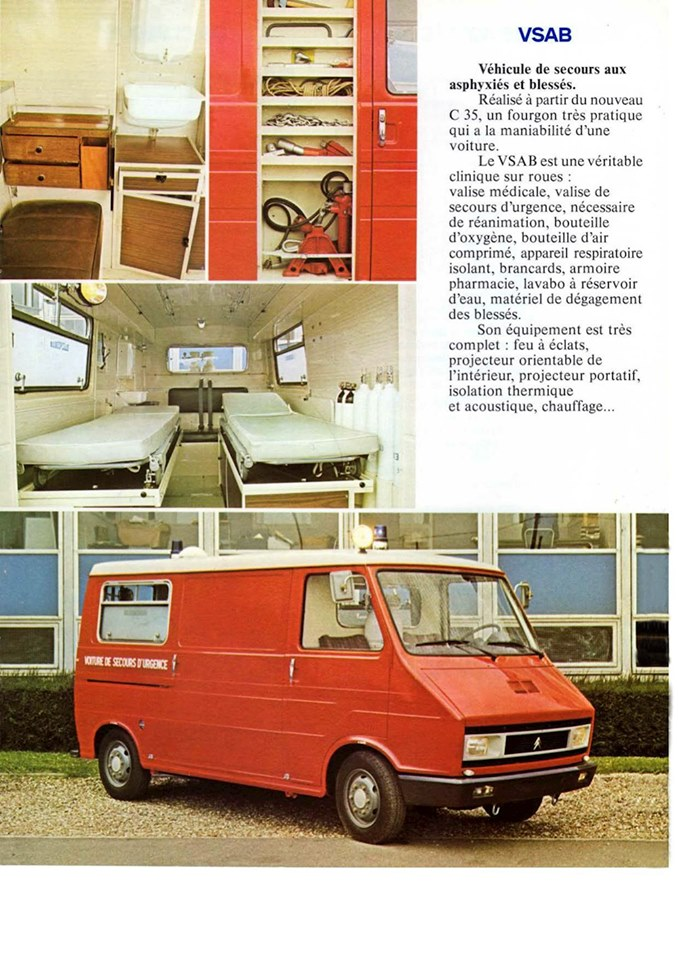 Ambulances 3_933