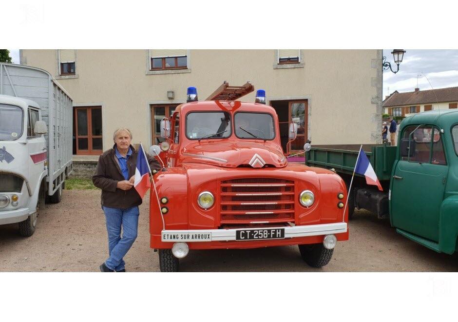 71 - Vendenesse-lès-Charolles : exposition de véhicules anciens le 9 Juin 2019 Ce-cam10