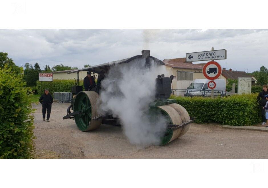 71 - Vendenesse-lès-Charolles : exposition de véhicules anciens le 9 Juin 2019 Le-cyl10